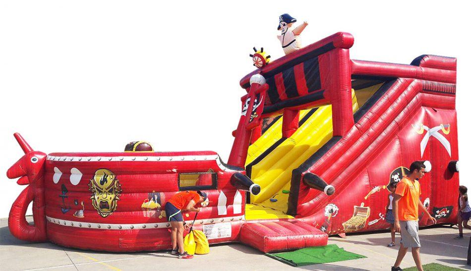 Castillo hinchable galeón pirata