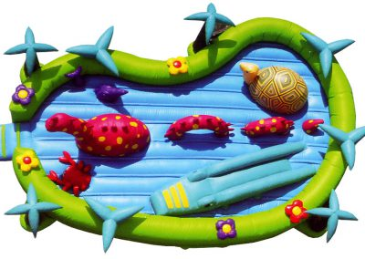 castillo-hinchable-estanque-1