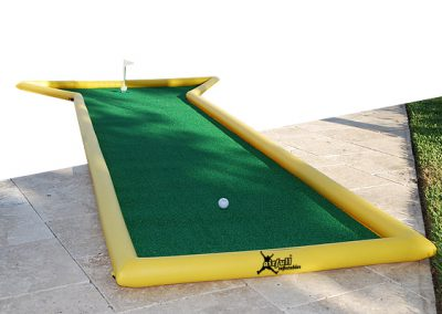 mini golf hinchable