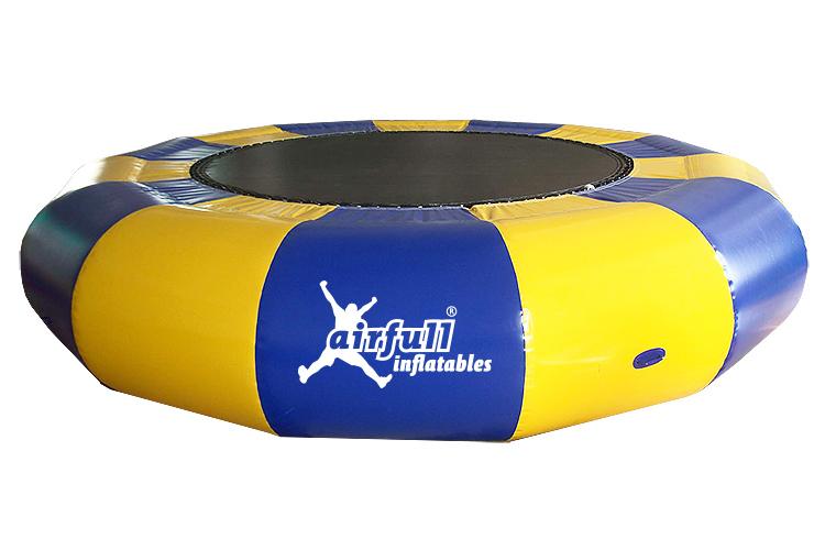 cama elástica para piscina