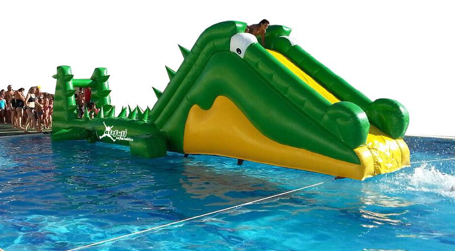 plataforma acuática cocodrilo