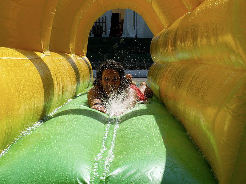 Combinado acuático con piscina