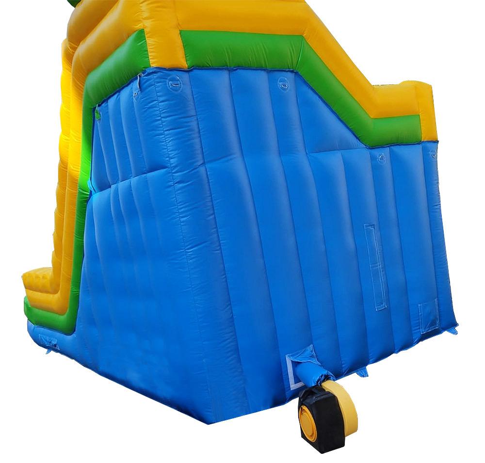 Tobogán con dos carriles refrescante